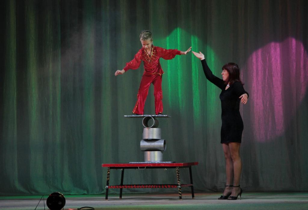Цирковая студия «Арлекино» показала новый концерт